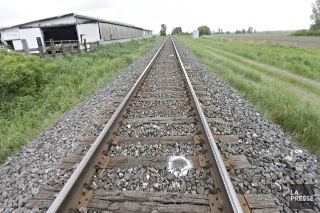 Le drame s'est produit sur la voie ferrée... (Photo Patrick Sanfaçon, La Presse)