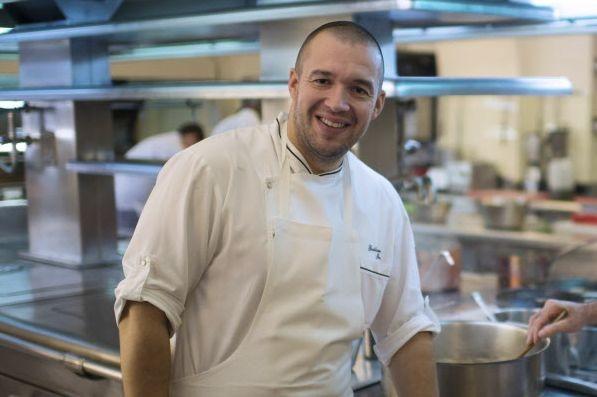 La 4e édition de la fête de la gastronomie, parrainée par le chef des cuisines... (Photo Martin Bureau, Reuters)