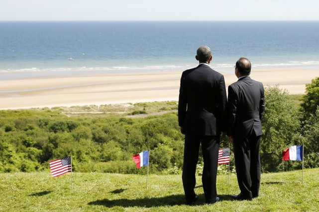 Le président Baracak Obama (à gauche) et son... (PHOTO KEVIN LAMARQUE, REUTERS)