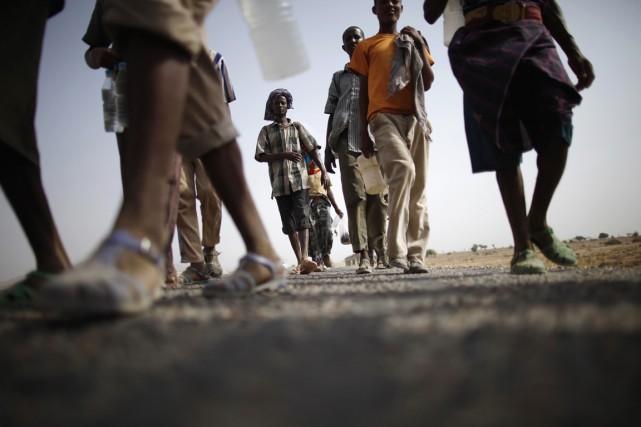 Les migrants africains, principalement des Éthiopiens et des... (PHOTO KHALED ABDULLAH, ARCHIVES REUTERS)