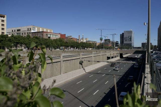 La Ville de Montréal a fait du recouvrement... (PHOTO HUGO-SÉBASTIEN AUBERT, ARCHIVES LA PRESSE)