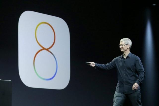 Apple a dévoilé lundi une nouvelle version de... (Photo Jeff Chiu, AP)