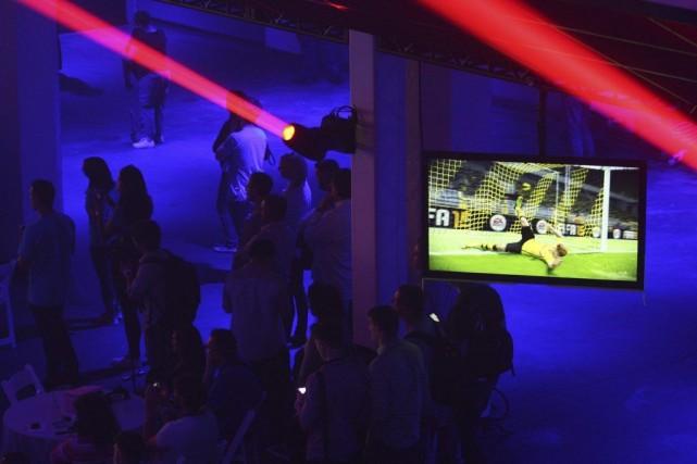 Le nouveau jeu a été présenté aux participants... (Photo Reuters)