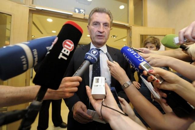 Le commissaire européen à l'Énergie, Gunther Oettinger.... (Photo Reuters)