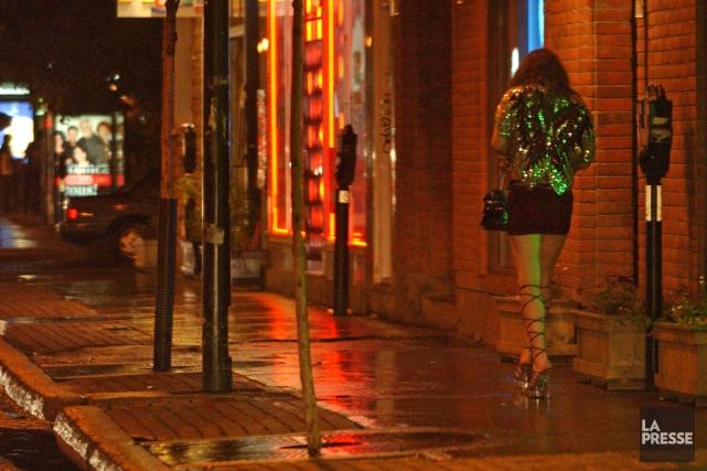 L'auteure croit que la glorification de la prostitution... (PHOTO André Tremblay, archives La Presse)