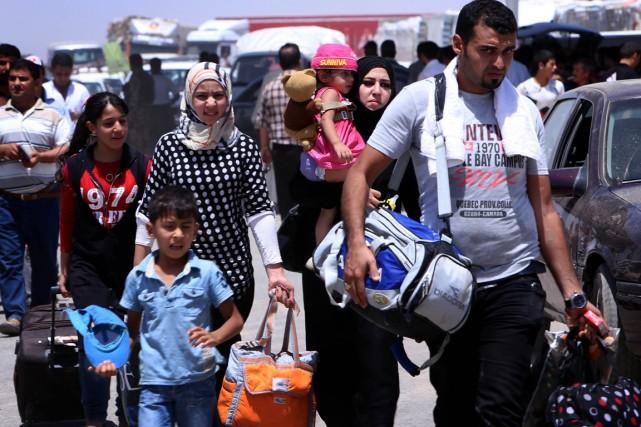 Plus de 500000 civils ont fui récemment les... (PHOTO SAFIN HAMED, AFP)