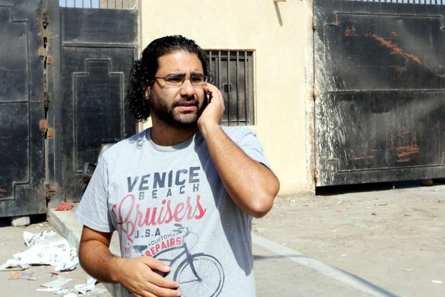 Alaa Abdel Fattah, un des leaders de la... (PHOTO AFP/STR)