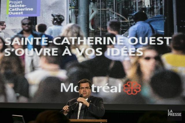 Le maire Denis Coderre a lancé hier le... (PHOTO HUGO-SÉBASTIEN AUBERT, LA PRESSE)