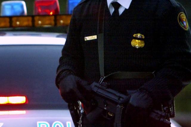 Des policiers de l'est de l'Alabama ont arrêté un homme qui se serait fait... (Photo archives AFP)