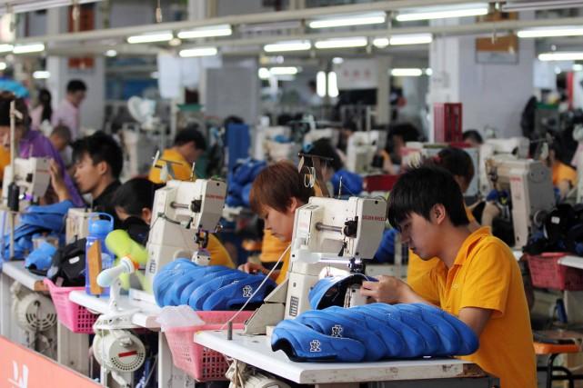 Les salariés sont de plus en plus prompts... (PHOTO ARCHIVES AFP)