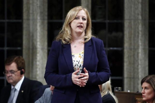 La ministre du Travail du Canada, Lisa Raitt.... (PHOTO BLAIR GABLE, ARCHIVES REUTERS)