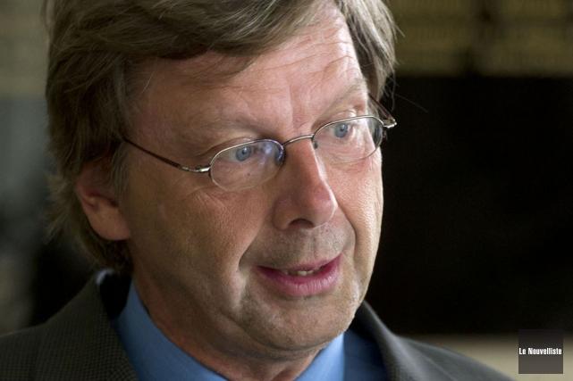 Le directeur des communications, François St-Onge.... (Photo: Stéphane Lessard, Le Nouvelliste)