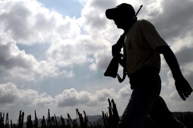 Sept personnes sont mortes à la suite de la chute d'une nacelle sur le chantier... (Photo Pedro PARDO, AFP)