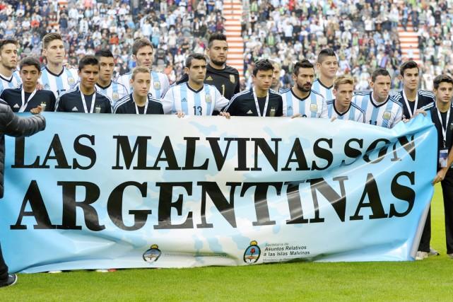 Les joueurs de la sélection argentine ont déployé... (PHOTO ALEJANDRO PAGNI, ARCHIVES AFP)