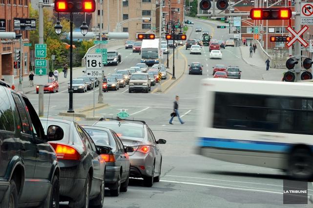 C'est au centre-ville de Sherbrooke que Suzan Mariasine... (Archives La Tribune, Jessica Garneau)