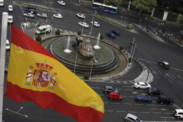 L'Espagne, doublement fragilisée en 2008 par l'éclatement de... (PHOTO SERGIO PEREZ, ARCHIVES REUTERS)