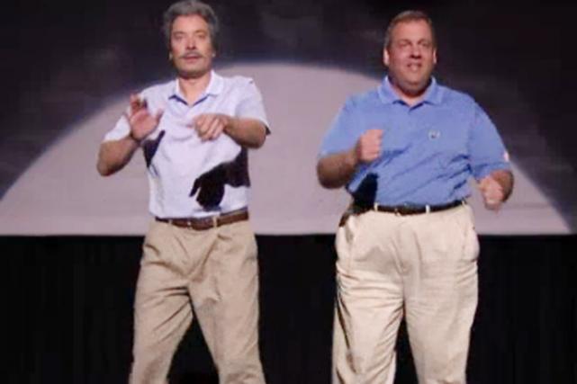 Jimmy Fallon (à gauche) et Chris Christie ont... (IMAGE THE TONIGHT SHOW)
