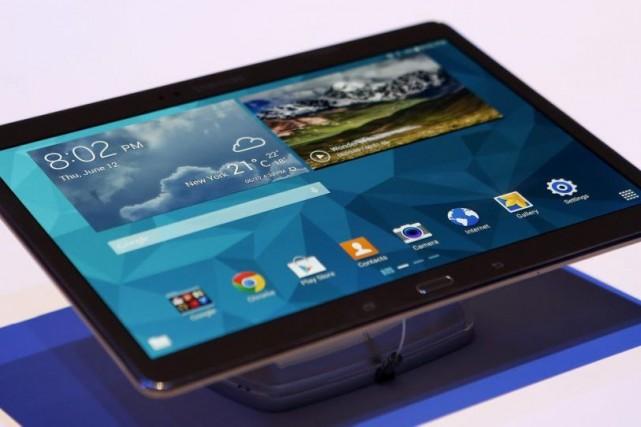 Les tablettes Galaxy Tab S ont été dévoilées... (Photo Kathy Willens, AP)