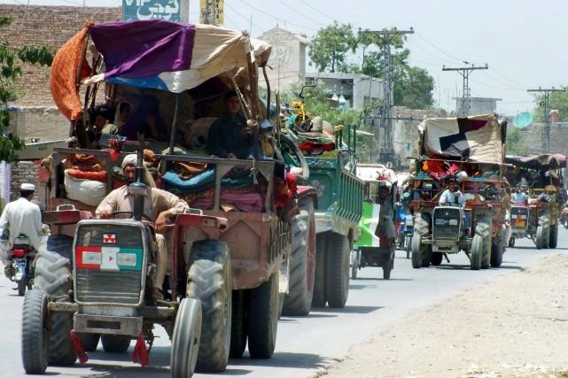 Environ 60000 personnes ont quitté la région depuis... (PHOTO KARIM ULLAH, ARCHIVES AFP)