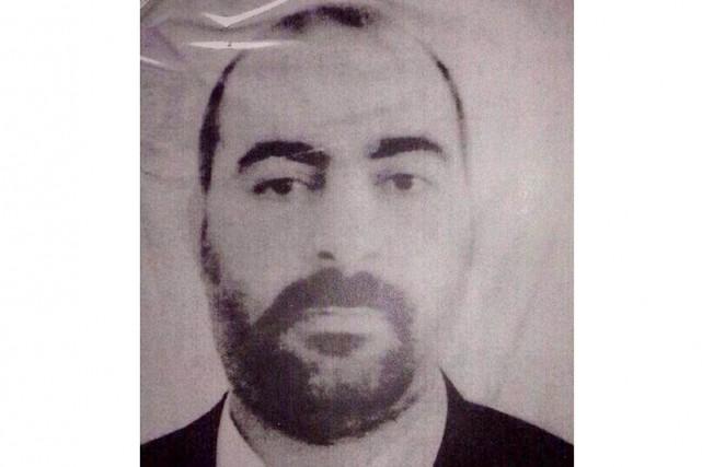 Abou Bakr al-Baghdadi dirige une armée de 10000... (Photo AFP)