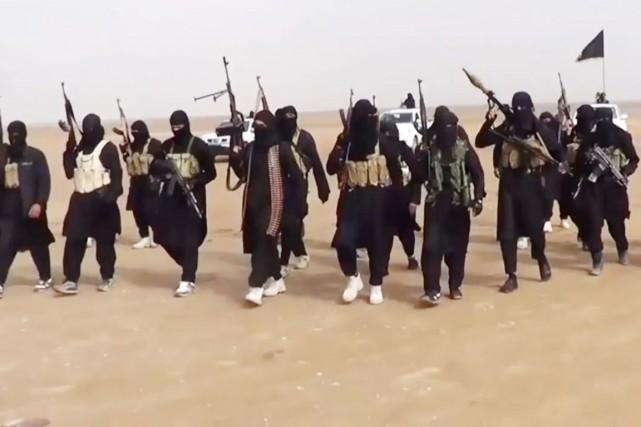 Malgré la déroute de l'armée irakienne face à... (PHOTO ARCHIVES AFP/EIIL)