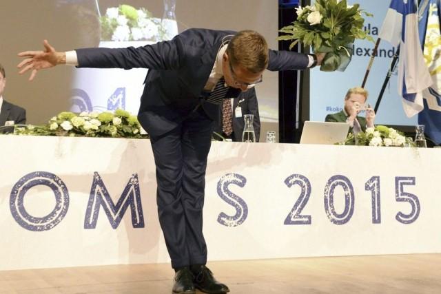 Alexander Stubb, ministre du Commerce extérieur dans le... (Photo Jussi Nukari, AP)
