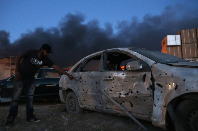 Des tirs à l'arme lourde ont été entendus... (Photo ESAM OMRAN AL-FETORI, Archives Reuters)