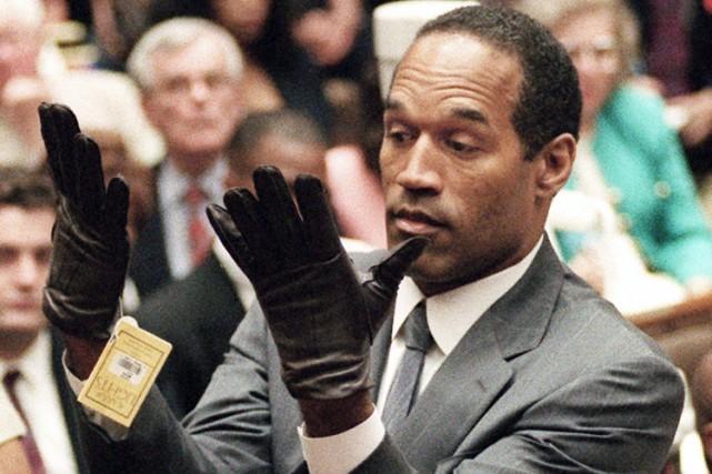 Pendant son procès en 1995 pour un double... (Archives AP)