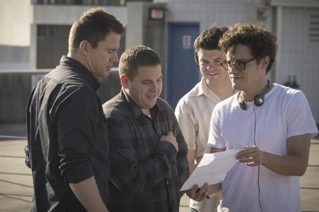 Les réalisateurs Phil Lord et Chris Miller discutent... (Photo fournie par Columbia/Sony)