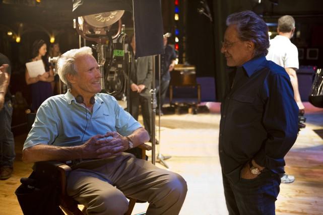 Clint Eastwood et Frankie Valli sur le plateau... (Photo fournie par Warner)