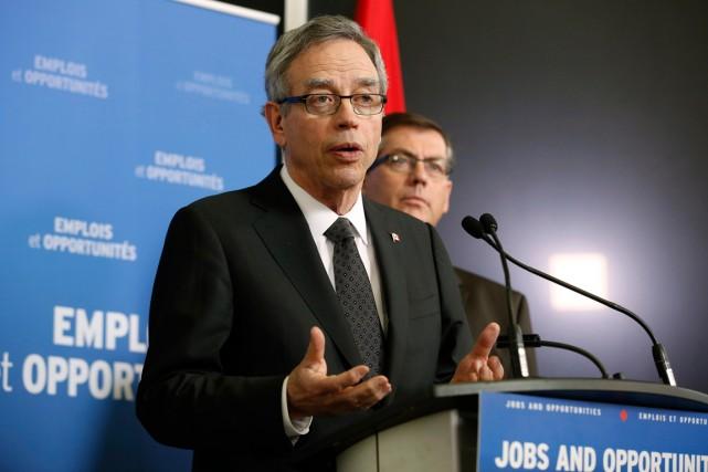 Le ministre des Finances du Canada, Joe Oliver.... (Photo Chris Wattie, Reuters)