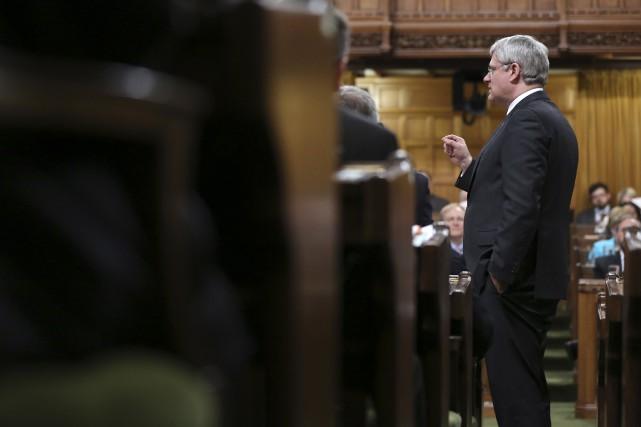 Stephen Harper n'a jamais nommé de Québécoise au... (Photo CHRIS WATTIE, Reuters)