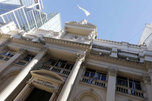 À l'issue des deux restructurations de sa dette... (PHOTO ENRIQUE MARCARIAN, REUTERS)