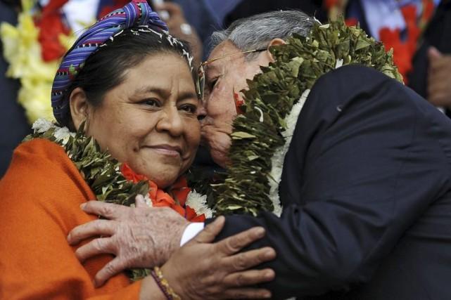 Rigoberta Menchú, lauréate d'un prix Nobel de la... (PHOTO ARCHIVES AFP)
