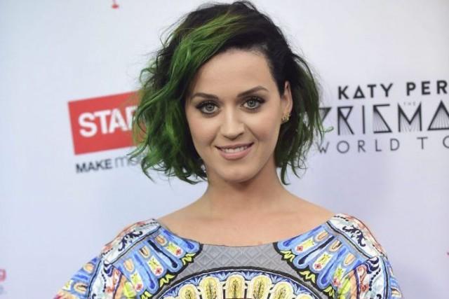 Katy Perrya annoncé mardi le lancement de Metamorphosis... (PHOTO FREDERIC J. BROWN, AFP)