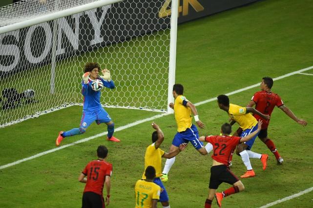 Contre le Mexique, le Brésil n'a jamais donné... (Photo AFP)