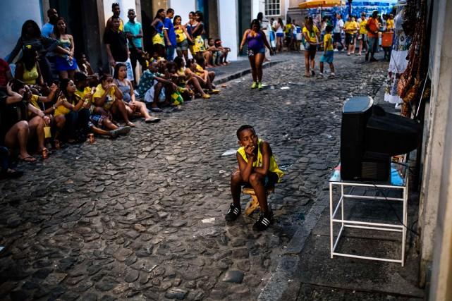 Lorsque la Seleção est en action, Salvador prend... (Photo Dimitar Dilkoff, AFP)