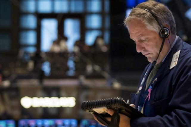 «Le marché baisse un peu, mais à peine.... (PHOTO ARCHIVES REUTERS)