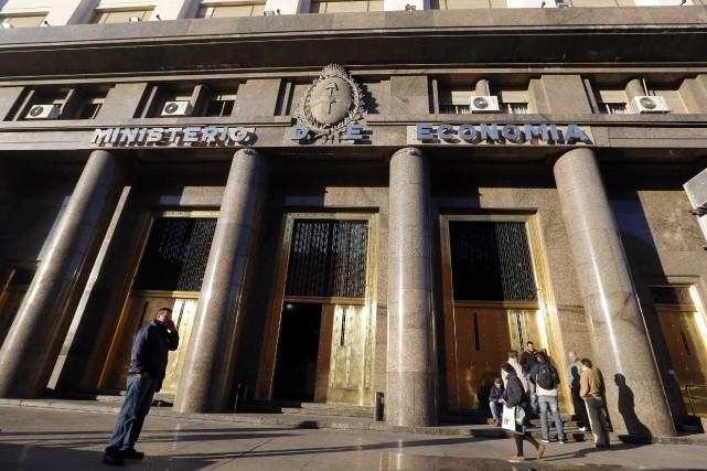 Le gouvernement argentin a annoncé mercredi qu'il était dans l'impossibilité,... (Photo Enrique Marcarian, Reuters)
