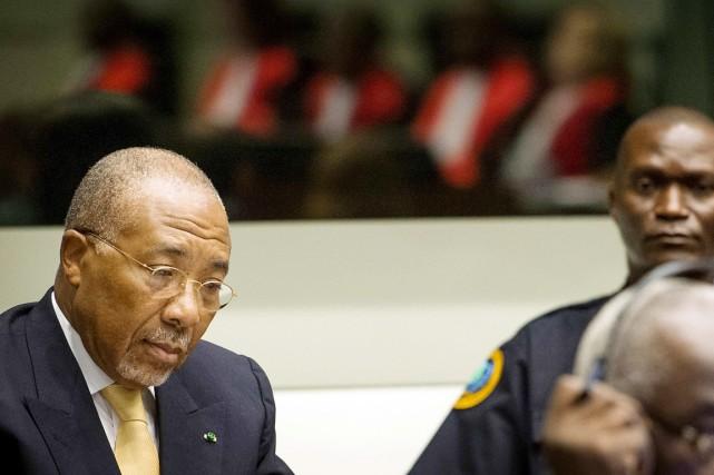 Charles Taylor, condamné pour crimes contre l'humanité commis... (PHOTO KOEN VAN WEEL, ARCHIVES REUTERS)