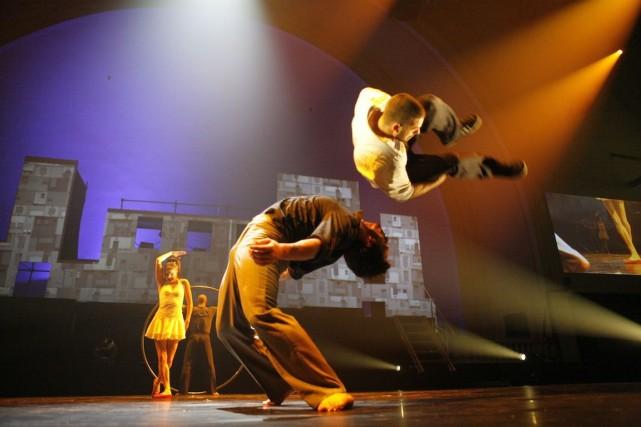 La troupe de cirque Éloize présentera le spectacle... (Photos Andrea Lopez, fournie par le Cirque Éloize)