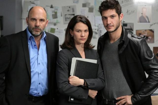 Sylvain Marcel, Fanny Mallette et Éric Bruneau dans... (Photo: fournie par AddikTV)