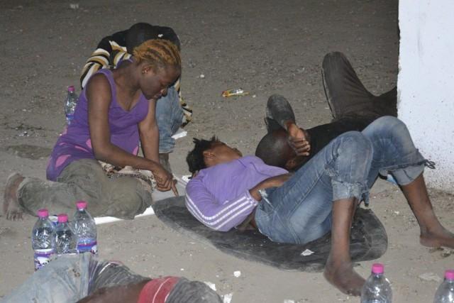 Des milliers de migrants illégaux provenant du Nigeria... (Photo archives AFP)