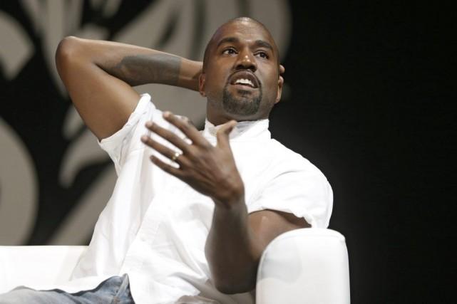 KanyeWest s'était montré frustré de n'avoir pu retenir... (Photo Lionel Cironneau, AP)