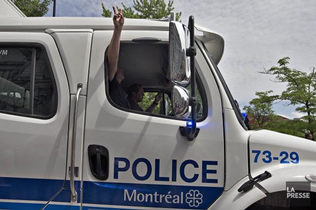 Chers policiers du SPVM, (Photo Patrick Sanfaçon, La Presse)