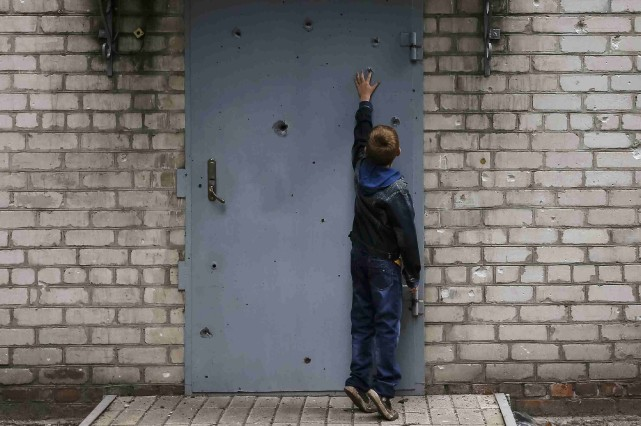 Dans la ville de Slaviansk, dans l'est de... (Photo Gleb Garanich, Reuters)