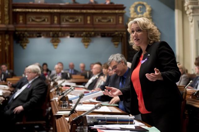 La ministre de la Sécurité publique, Lise Thériault... (Photo Jacques Boissinot, La Presse Canadienne)