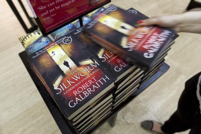 J. K. Rowling aécrit The Silkwormsous son nom... (PHOTO JUSTIN TALLIS, AFP)