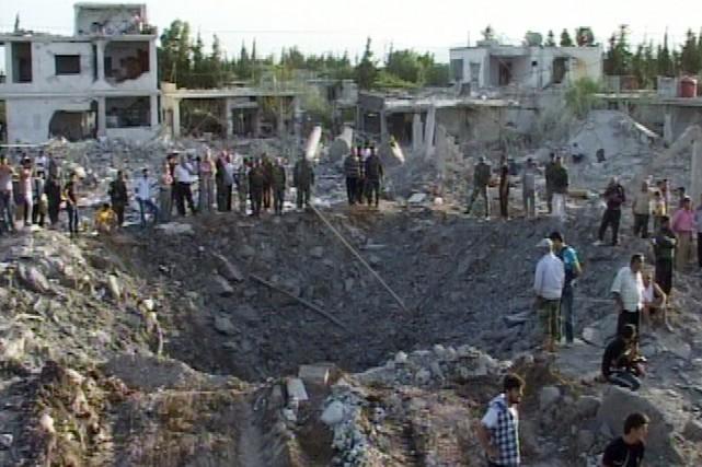 Plus de 50 personnes ont également été blessées... (PHOTO AFP/SANA)