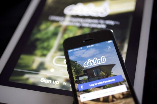 Airbnbpermet à des particuliers de louer leur propriété... (Photo Andrew Harrer, archives Bloomberg)